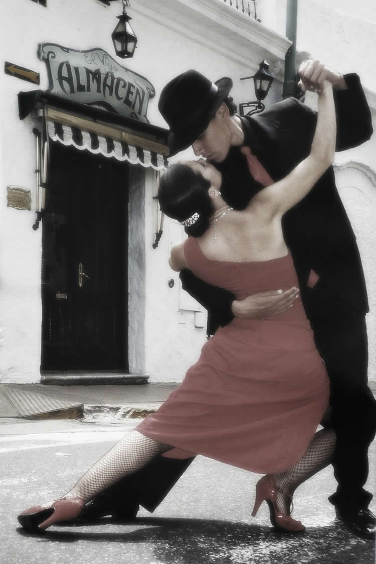 This image shows a couple dancing the tango.