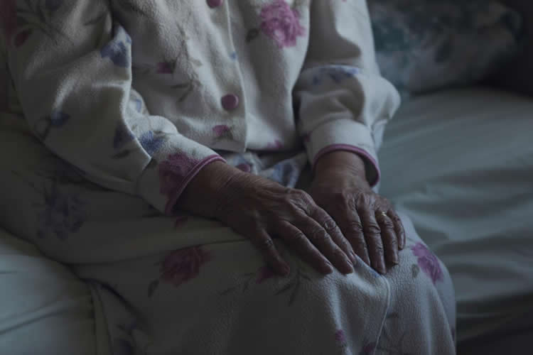 Image of an old lady.