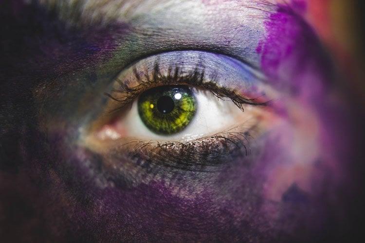 a green eye