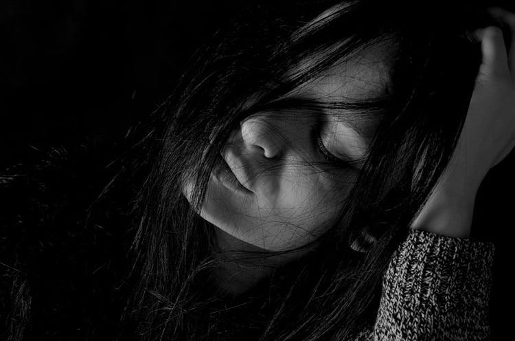 a depressed teenage girl