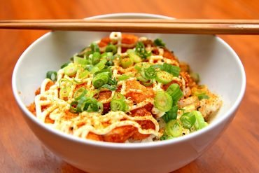 This shows a bowl of noodles