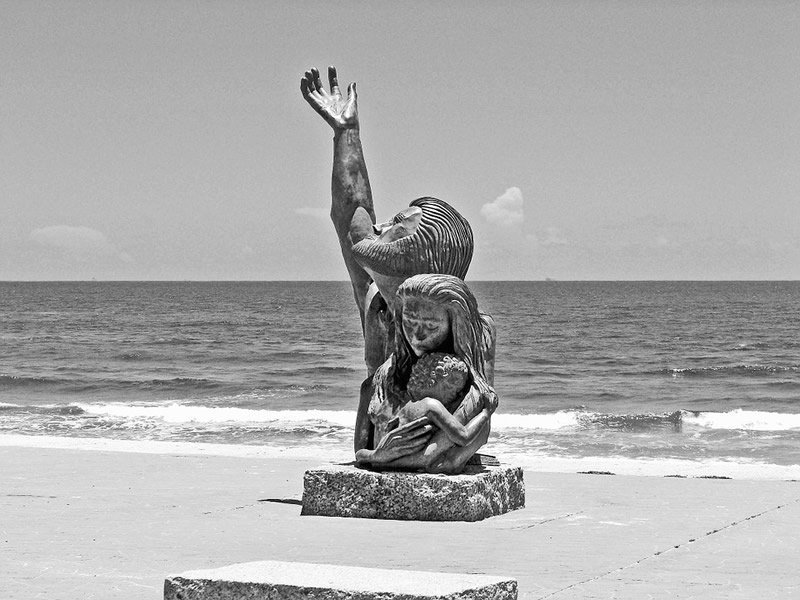 This is a photo of the memorial on Galveston seawall in honor of the victims of the 1900 hurricane