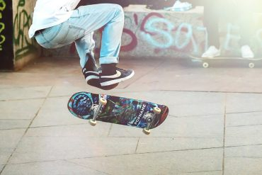 This shows a skateboarder pulling some moves