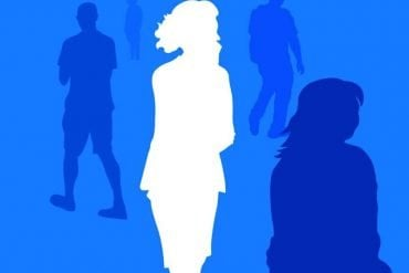 This shows the outline of a woman