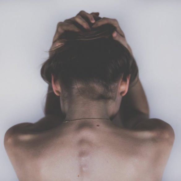 This shows the back of a woman