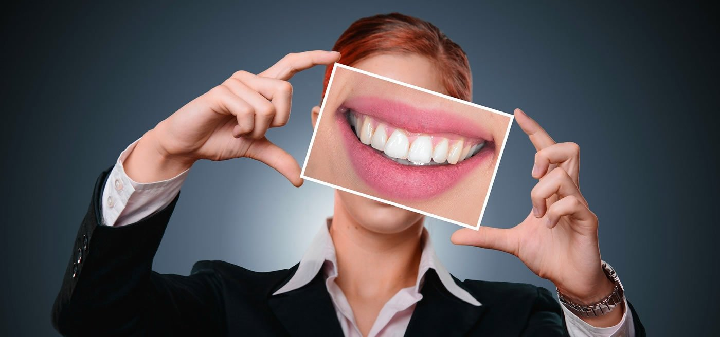 This shows teeth