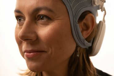 Ana modeling the EEG cap