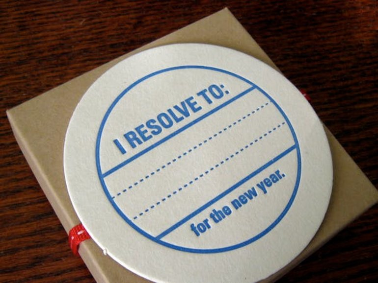 "This shows a tag with ""I resolve to"" written on it"