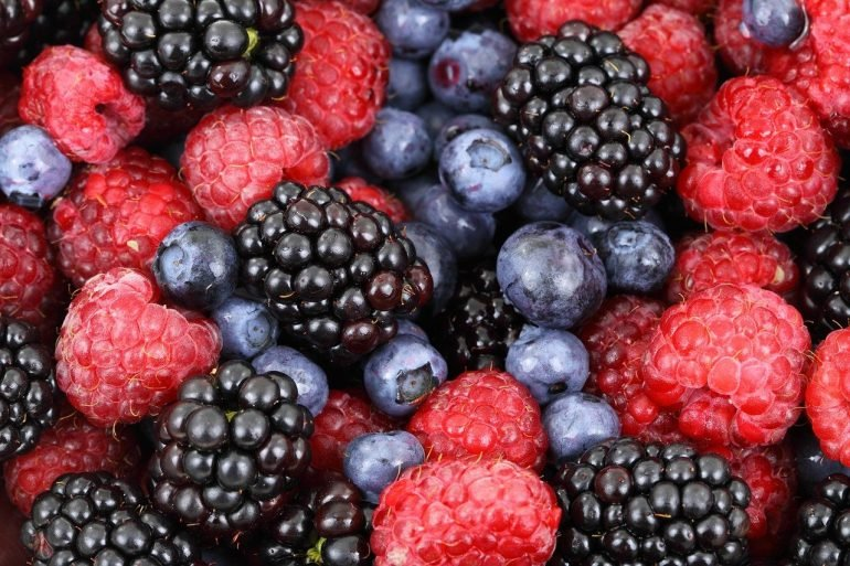 This shows mixed berries