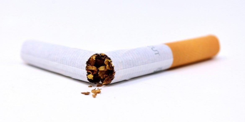 This shows a broken cigarette