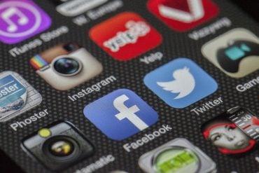 This shows social media app icons
